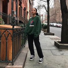 ehijja October 29 2019 at fashion-inspo & Fashion & . Read more The post ehijja October 29 2019 at fashion-inspo Vintage Outfits, Retro Outfits, Grunge Outfits, Hipster Outfits, Vintage Dresses, Skater Girl Outfits, Skater Girls, Skater Girl Fashion, Black Girl Fashion