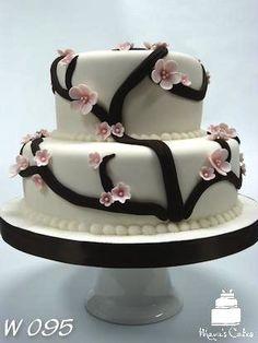Custom Wedding Cake from www.mayuscakes.com