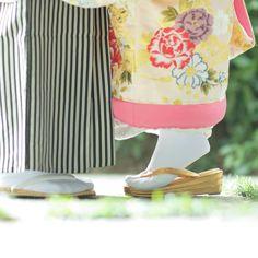 和装前撮りの足元「背伸び風ショット」の撮り方、ウェディングフォト | marry[マリー]