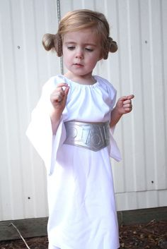 Princess Leia costume+belt tutorial. I love the peasant dress out of knit, and the belt doesn't look too hard/complicated.