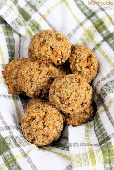 Sweet Potato-Walnut Oatmeal Breakfast Bombs #recipe #smartcookies #ad