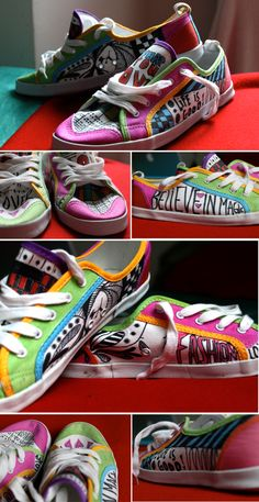 diy painted shoes- I should make a pair with markers soon Sharpie Shoes, Sharpie Art, Painted Sneakers, Hand Painted Shoes, Diy Clothes And Shoes, Clothes Crafts, Creative Closets, Creation Crafts, Flip Flop Shoes