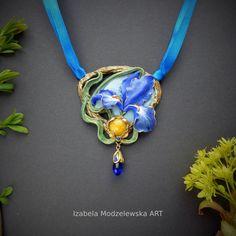 Iris, Polymer Clay, Handmade Jewelry, Blue, Handmade Jewellery, Jewellery Making, Diy Jewelry, Bearded Iris, Modeling Dough