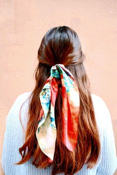 Hairstyles with bandana Haar Schal Krawatte Pferdeschwanz - Lange Frisuren Foulard Tie Ponytail - Coiffures Longues Hair Scarf Styles, Short Hair Styles, Natural Hair Styles, Braided Hairstyles, Cool Hairstyles, Bandana Hairstyles For Long Hair, Toddler Hairstyles, Teenage Hairstyles, Gorgeous Hairstyles