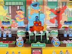 Sesame street themed boys Birthday party. Details can be found at paarteez.com. #sesamestreet, #birthdayparty