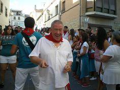 Santacara: Samba - Kara Samba, Coat, Jackets, Dresses, Fashion, Down Jackets, Vestidos, Moda, Sewing Coat