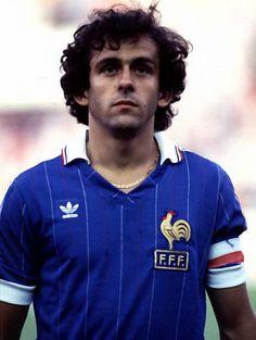 Michel Platini mediocampista de la Seleccion de Francia en Mexico 86