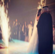 Saudi wedding #arabwedding #arabcouple #saudiwedding Arab Wedding, Wedding Pictures, Wedding Bride, Arab Couple, Wedding Drawing, Muslim Wedding Dresses, Prom Photos, Muslim Couples, Bride Bouquets