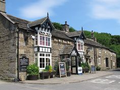 The Old Nags Head - Edale in the Peak District Been in there a few times. Places To Travel, Places To Visit, Nags Head, Peak District, Derbyshire, Paris Travel, Terrazzo, Main Street, London England