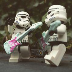 Lego Star Wars, Star Wars Art, Lego Stormtrooper, Starwars Lego, Legos, Star Troopers, Lego Pictures, Lego Minifigs, Lego Worlds