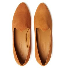 Le Monde Beryl's Camel Suede Venetian Slipper is handcrafted in Italy. It is made with the finest lambskin and a memory foam cushioned calf leather insole. Calf Leather, Suede Leather, Venetian, Memory Foam, Camel, Slippers, Loafers, Flats, Luxury