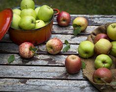 Fresh Fruit, Berries, Apples, Food, Essen, Bury, Meals, Apple, Yemek