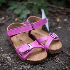 Sandale Haflinger piele - Bio Fritzi Magenta - HipHip.ro Magenta, Birkenstock Mayari, Summer Kids, Ski, Kids Fashion, Shoes, Sandals, Zapatos, Shoes Outlet