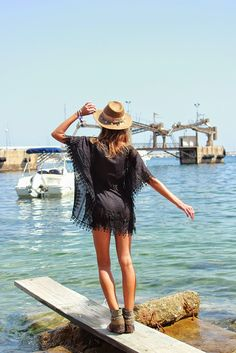 Ibiza Rocks Me by Ana Vide boho style with our Pure adlib kaftan and Emonk Ibiza boots and hat SHOP ONLINE: http://www.charoruiz.com/es/producto/poncho-hojas/