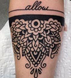 foto-tatuaggio-mezzo-mandala - Lei Trendy