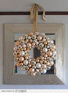 DIY:: Vintage Christmas Ornament Wreath - I would like to do this with old Christmas ornaments Holiday Door Wreaths, Christmas Ornament Wreath, Noel Christmas, Vintage Christmas Ornaments, Christmas Balls, Christmas Crafts, White Christmas, Bauble Wreath, Classy Christmas