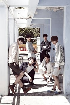 HALO - HALO 1ST SINGLE ALBUM [38℃]-- I have just heard of this band so I'll have to check them out! ^^