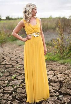 Jacoba Clothing in Cape Town is a one stop shop for Cape Town Bridesmaid Dresses, Mother of the Bride and event dresses! Yellow Bridesmaid Dresses, Beautiful Bridesmaid Dresses, Pretty Dresses, Event Dresses, Formal Dresses, Bridal Gowns, Wedding Gowns, Pink Book, Cape Dress