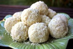 Bánh Dày Đậu / Sweet Mung Bean Glutenous Rice Dumplings Recipe (Food For Four)