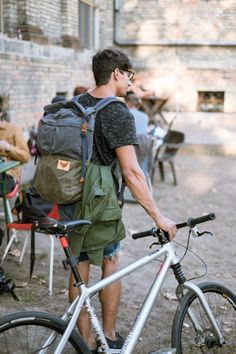 Dookie - 20L waxed cotton canvas rolltop backpack