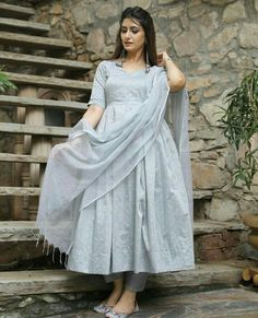 Shop salwar suits online for ladies from BIBA, W & more. Explore a range of anarkali, punjabi suits for party or for work. Indian Fashion Dresses, Pakistani Dresses Casual, Dress Indian Style, Pakistani Dress Design, Indian Designer Outfits, Indian Outfits, Indian Wear, Simple Kurti Designs, Stylish Dress Designs