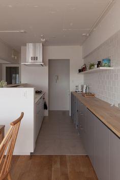 #キッチン #ダイニング #LDK #kitchen #dining #オリジナルキッチン #造作キッチン #造作 #ダイニングテーブル #チェア #タイル #カウンターキッチン  #リノベーション #EcoDeco #エコデコ #Y様邸清澄白河 Home Studio, Kitchen Cabinets, Architecture, Interior, Table, House, Furniture, Home Decor, Home