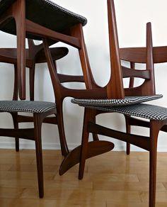 Chair seat reupholstery tutorial - Dans Le Townhouse blog