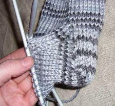 Downsizer: for a sustainable & ethical future - Quick and Chunky Sock Pattern Knitted Socks Free Pattern, Crochet Socks, Knitted Slippers, Knitting Patterns Free, Free Knitting, Baby Knitting, Crochet Patterns, Knit Socks, Knitting Stitches
