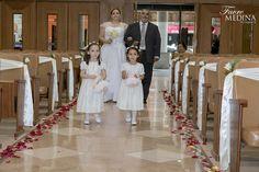 CAMILA + LEANDRO #FOTOGRAFÍA DE BODAS #BODA #CASAMIENTO #NOVIOS #MATRIMONIO #PAREJA #IGLESIA #CEREMONIA RELIGIOSA #FIESTA #WEDDING #MARRIAGE#RAMO#VESTIDO#ZAPATOS#SOUVENIR#FOTOLIBRO#BANNER#ANILLOS#BRINDIS