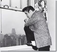 Elvis Presley - January 6th 1957, Warwick Hotel, New York