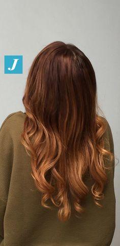 Degradé Joelle con nuances ambra e caramello. #cdj #degradejoelle #tagliopuntearia #degradé #igers #musthave #hair #hairstyle #haircolour #longhair #oodt #hairfashion #madeinitaly
