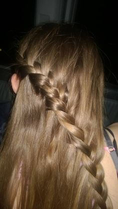 A simple waterfall braid!