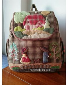 64 ideas patchwork japones pattern fabrics for 2020 Patchwork Quilt, Patchwork Bags, Quilted Bag, Japanese Patchwork, Japanese Bag, Backpack Pattern, Diy Embroidery, Small Quilts, Handmade Bags
