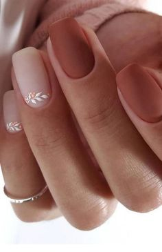 High 20 Wedding ceremony Nail Artwork Designs for Brides How to use nail polish? Nail polish on your own friend's nails looks perfect, however, you can't a Stylish Nails, Trendy Nails, Classy Nails, Glamour Nails, Pinterest Nail Ideas, Solid Color Nails, Natural Color Nails, Natural Almond Nails, Short Natural Nails