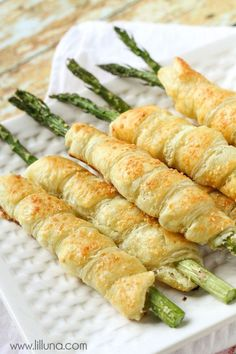 Seriously the best way to have Asparagus - Cream Cheese and Parmesan Asparagus