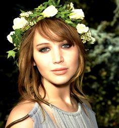 Jennifer Lawrence flower crown