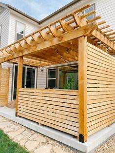 Diy Pergola, Cedar Pergola, Building A Pergola, Outdoor Pergola, Outdoor Rooms, Outdoor Living, Pergola Screens, Modern Pergola, Deck With Pergola