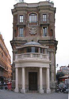 Palazzo Zuccari, Roma - commenced 1590 by the Italian painter Zuccari. piazza Trinità dei Monti | Architecture . Building