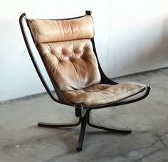 Mid Century Danish Leather Sling Falcon Chair by Sigurd Ressell for Vatne Møbler