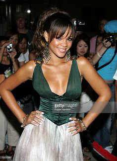Singer Rihanna arrives at the 2005 World Music Awards at the Kodak Theatre on August 31, 2005 in Hollywood, California.