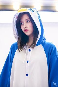 from the story Me Gustas Pingüino [Mina&Tu] G! twice, blackpink, minaytu. Nayeon, Kpop Girl Groups, Korean Girl Groups, Kpop Girls, My Cute Love, What Is Love, Jooheon, Extended Play, Akira