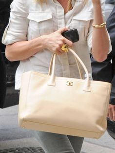 f6889b32b190 Cameron Diaz and perf tote-Celebrities and Their Chanel Bags-7 Chanel Cerf  Tote