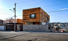 Displaying 531d2d8ec07a80688c000292_lopez-lujano-house-oficina-3_north_east2.jpg