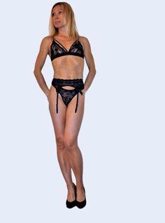 De la lingerie sexy pour une femme sexy  #lingerie #lingeriesexy #sexy #femmelingerie #femmesexy Site Mode, Ensemble Lingerie, Bikinis, Swimwear, Stockings, Gabriel, Girls, Fashion, Ethnic Dress