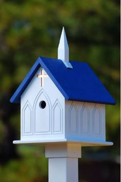 Church Birdhouse is constructed of vinyl/PVC and built to last a lifetime. Classic styling with shiny copper cross on front and back. Vinyl looks just like wood- sans the wear and tear. Components are