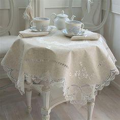 Flower tea tablecloth | Ricami e Pizzi