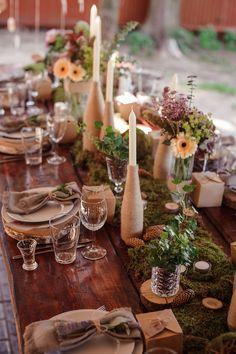 Découvrez le début des tendances 2016 pour votre décoration mariage. Thème champêtre ou rétro, couleurs pastel vert d'eau et pêche, fleurs et bougies suspendues... Place à l'inspiration !
