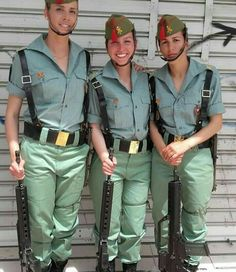 Espagne Military Women, Military Jacket, Spanish Woman, Female Soldier, Special Forces, Marine Corps, Beautiful Women, Feminine, Soldiers