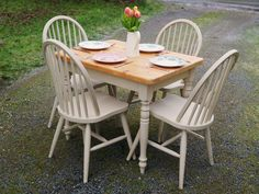 Patio-Shabby chic painted dining table and chairs solid wood pine rustic farmhouse Painted Dining Room Table, Pine Dining Table, Painted Chairs, Dining Table Chairs, Dining Furniture, Painted Furniture, Wood Table, Australian Home Decor, Dining Table Makeover