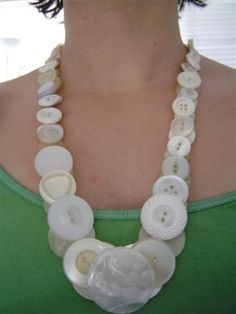 Big  pearl button necklace